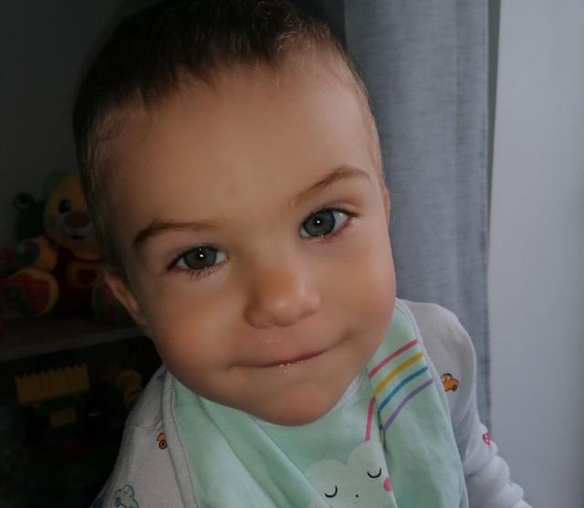 Dwuletni chłopczyk z Serbów walczy z ostrą białaczką limfatyczną. Od kilku tygodni przebywa w klinice we Wrocławiu