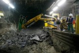 """KGHM: Silny wstrząs w ZG Rudna. Była to górnicza """"siódemka"""". Wycofano górników"""