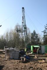 Akcja ratownicza w kopalni Śląsk. Wiercą otwór wentylacyjny [ZDJĘCIA + WIDEO]