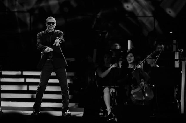 George Michael podczas koncertu we Wrocławiu w 2011 roku