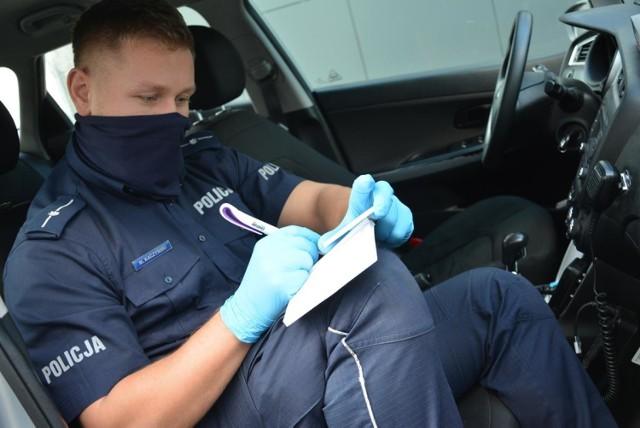 W okolicach Maszewa policjanci z Krosna Odrzańskiego zatrzymali kierowcę, który prowadził pod wpływem alkoholu i bez uprawnień. Kilka dni później mężczyzna wpadł po raz drugi...
