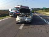 Poręba Radlna. Kolejny wypadek na drodze wojewódzkiej nr 977 pod Tarnowem. Jedna osoba została poszkodowana