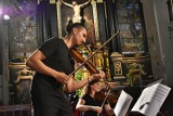 Dwa wspaniałe koncerty w trzeciej odsłonie tegorocznego Kromer Festival Biecz. Dla widzów zagrał rewelacyjny Adam Bałdych