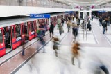 """Nocne kursy metra w weekendy zostaną zawieszone. """"W podziemnej kolei 75 proc. mniej pasażerów"""""""