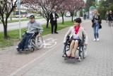 """""""Jastrzębie-Zdrój bez barier"""" - co miasto robi dla niepełnosprawnych? Odbył się audyt i konferencja [WYNIKI I ZDJĘCIA]"""