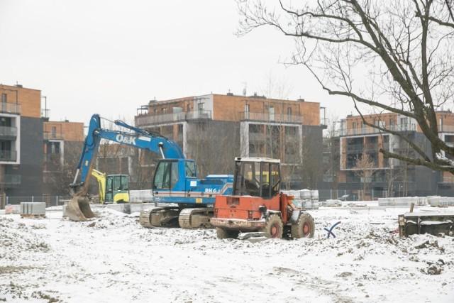 Parking w Małym Płaszowie miał być gotowy do końca stycznia. Nie będzie