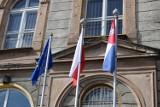 #Mojaflaga Zbąszyń: Powiewa na cztery świata strony, nasz polski sztandar biało- czerwony - 2 maja 2020 [Zdjęcia]