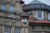 Jeden dron będzie badać jakość powietrza, drugi wysypiska śmieci