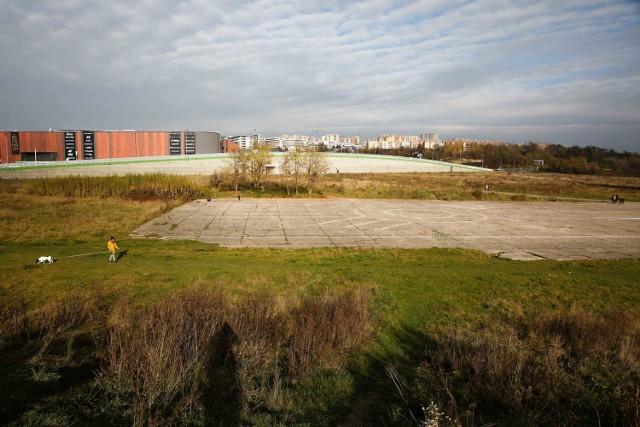 Tak wygląda dawny pas startowy lotniska w Krakowie