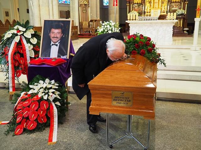 Pogrzeb Krzysztofa Krawczyka. Parostatkiem w ostatni rejs