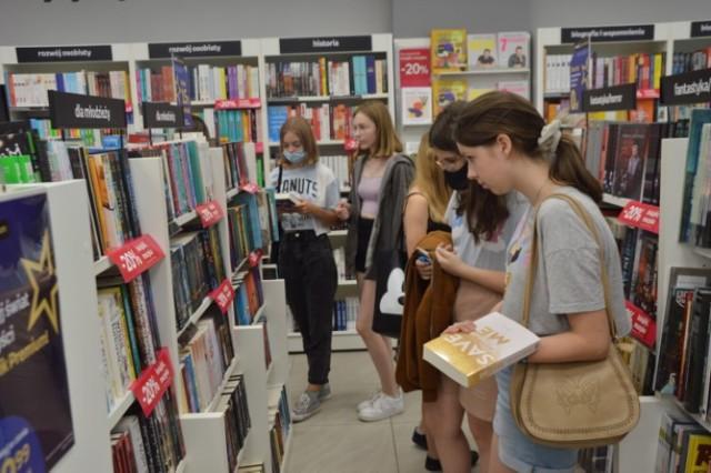 Empik wrócił do Zduńskiej Woli. Czekają tysiące książek, płyt, gier