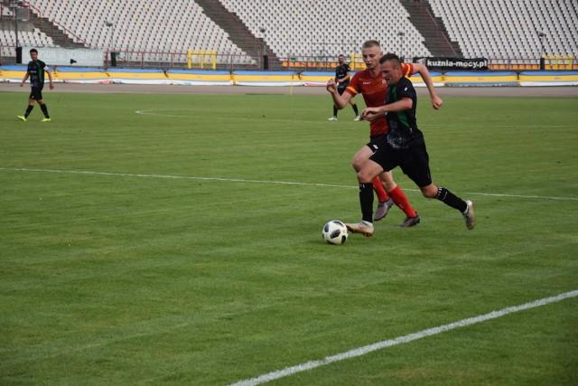 Na inaugurację sezonu, ROW podzielił się punktami ze Ślęzą Wrocław.