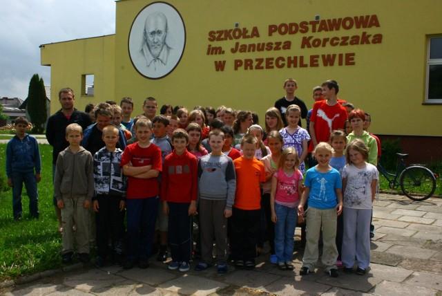 W Przechlewie przebywa 50-osobowa grupa dzieci i młodzieży z Borzęcina oraz Bielczy