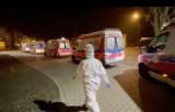 Kolejka na 20 karetek przed Szpitalem Specjalistycznym w Zabrzu. Trwa wojna z epidemią - mówi ratownik.