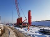 Budowa północnej obwodnicy Krakowa. Mróz i śnieg nie zatrzymały prac [NOWE ZDJĘCIA]