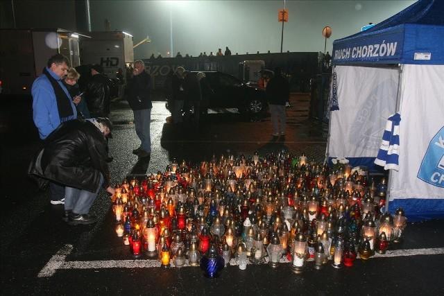 Ruch Chorzów - Zawisza Bydgoszcz, kibice uczcili pamięć Gerarda Cieślika