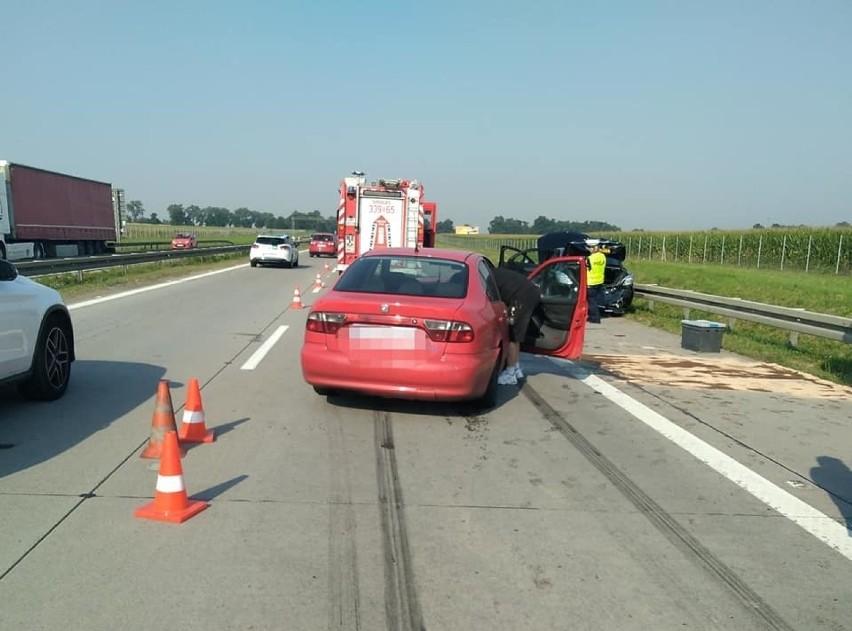 Wypadek na A4 pomiędzy węzłem Pietrzykowice i Kąty...