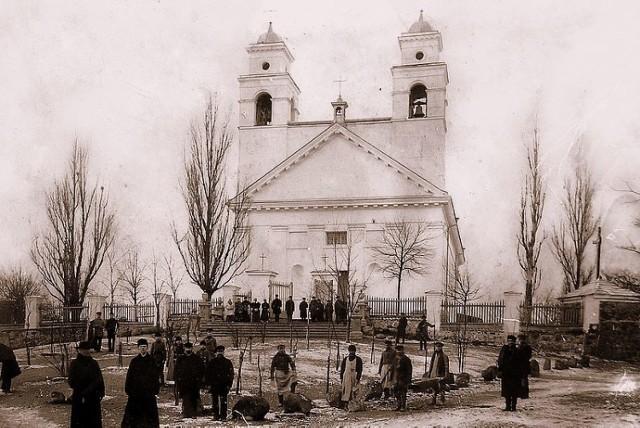 Kościół św. Antoniego przed rozbudową 1897 rok