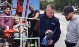 Rawicz. Wylicytowali dzień z policjantami i strażakami w akcji charytatywnej. Co robili podczas pobytu w rawickich jednostkach? [ZDJĘCIA]