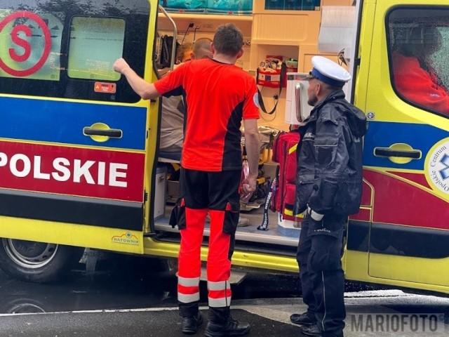 Na miejsce dotarli strażacy, zadysponowano również Zespół Ratownictwa Medycznego. Zarówno dziecko jak i mężczyzna byli przytomni i nie mieli widocznych obrażeń.