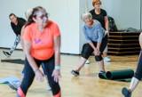 Chorzowska Akademia Seniora w CIM: joga, nordic walking, taniec, zajęcia językowe, plastyczne i rehabilitacyjne