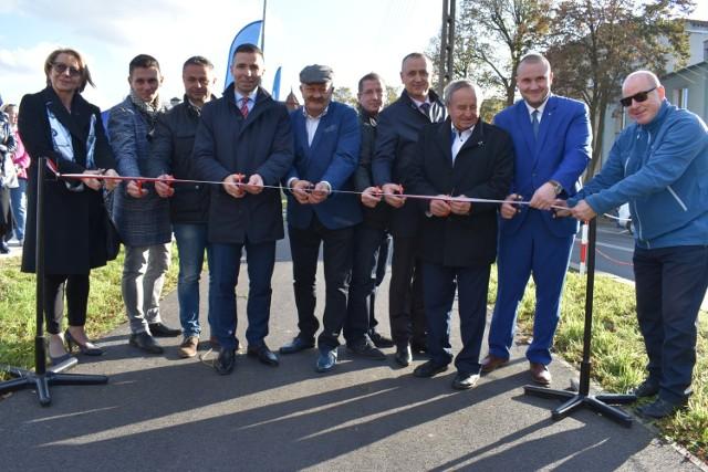 Oficjalne otwarcie zmodernizowanych dróg i nowych ścieżek rowerowych w Gubinie.