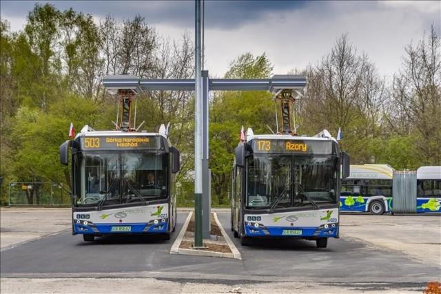 Na ulice Krakowa wyjechał 50., ostatni z zamówionych przez MPK SA nowy autobus elektryczny. Został skierowany na linię nr 144 (Rżąka – Azory).