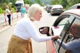 Policja z Jasła kontrolowała kierowców, urzędnicy rozdawali broszury