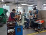 Firma Limatherm zatrudnia osoby niepełnosprawne. SOSW w Chorzowie pomaga przygotować uczniów do podjęcia pracy