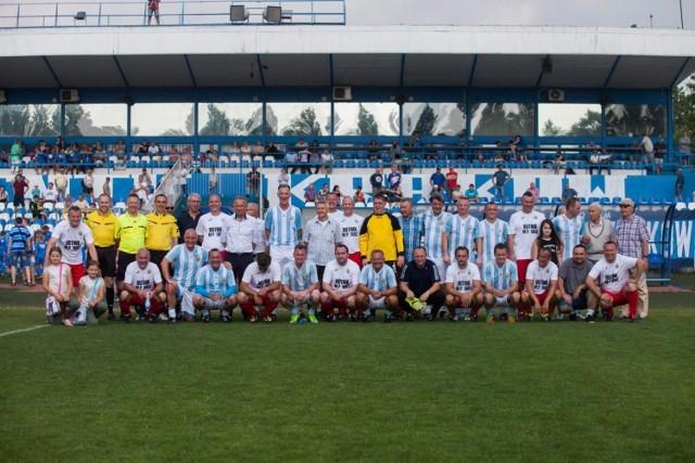 Legendy Hutnika Kraków na stadionie na Suchych Stawach w 2018 roku
