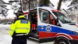 Strażnicy Miejscy z Władysławowa uratowali człowieka. Apelują, by nie pozostawać bezinteresownym wobec bezdomnych