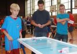 Sosnowiec: w Szkole z Armatą grali w hokeja stołowego (ZDJĘCIA)