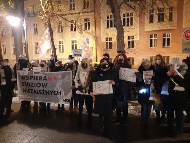 Opole. Lewica chce, by nie było konieczności zgłaszania zgromadzeń na pl. Wolności oraz na pl. Daszyńskiego