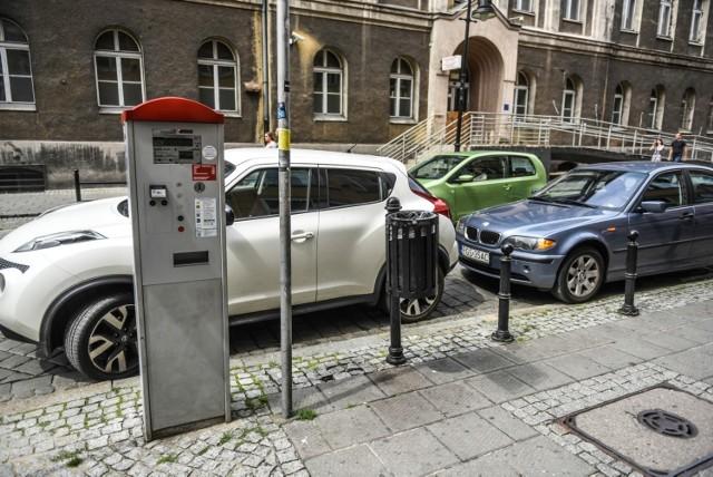 Koronawirus w Poznaniu podwyżki cen za parkowanie wstrzymane. Zaczną obowiązywać później