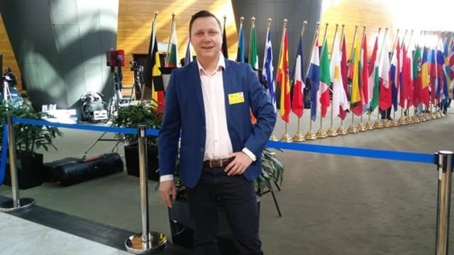 Nowy kierownik drużyny pierwszoligowego GKS Bełchatów jest mocno związany z lokalnym środowiskiem piłkarskim