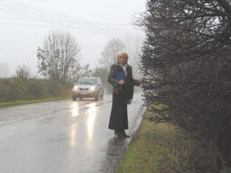 Dorota Kowalik od trzech lat stara się o zainteresowanie zarządcy drogi tym miejscem.