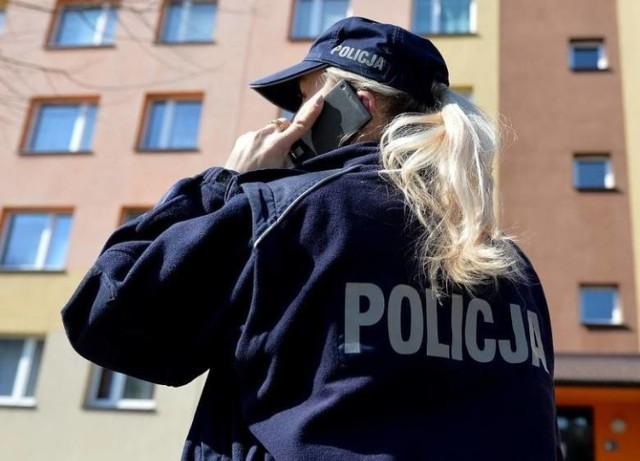 Przebieg kwarantanny w Toruniu kontrolował zarówno sanepid, jak i policja.