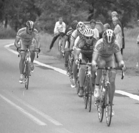 Adam Chmielowski zszedł z kolarskiej trasy.