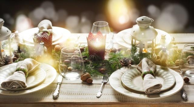 Świąteczna kolacja to mnogość potraw, których nie jemy często na co dzień. A szkoda, bo można znaleźć wśród nich prawdziwe odżywcze gwiazdy. Sprawdź, które ze składników tradycyjnych wigilijnych dań należą do najzdrowszych!