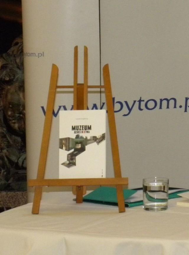 Leszek Engelking Z Promocją Muzeum Dzieciństwa W Bytomiu