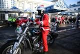 Kraków. Mikołaje przywieźli na motocyklach prezenty dzieciom z Uniwersyteckiego Szpitala Dziecięcego [ZDJĘCIA]