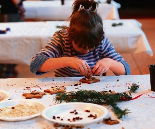 Ozdobione przez dzieci pierniki trafią na jarmark
