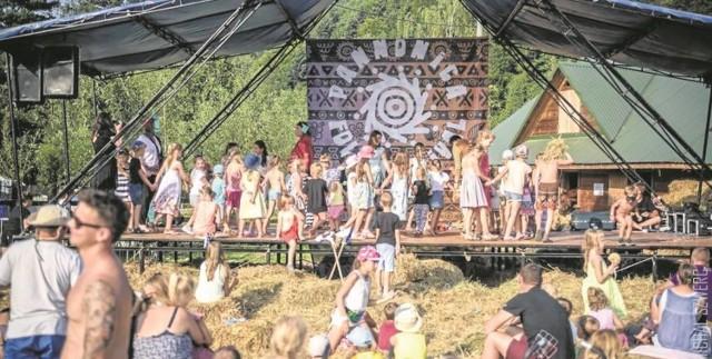 W Barcicach nad Popradem między 30 sierpnia a 1 września odbędzie się jeden z najważniejszych festiwali w Polsce, festiwal etnicznej muzyki bałkańskiej. Co roku przyciąga on międzynarodową publiczność, szukającą folkloru w najlepszym wydaniu.  Kiedy: 30 sierpnia - 2 września 2018 Gdzie: Barcice