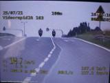 Policjanci zatrzymali pod Tuszynem dwóch motocyklistów - piratów drogowych. Dopuszczalną prędkość przekroczyli prawie trzy razy!