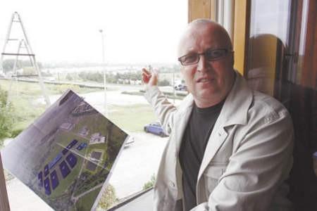 Stefan Gos jest przekonany, że nowa inwestycja ucieszy mieszkańców.