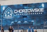 Ruch Chorzów namalował piękne graffiti. Kibice i piłkarze na Cichej mogą podziwiać efektowny mural ZDJĘCIA