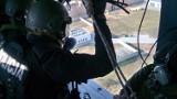 Tajemniczy helikopter lata nad Rzeszowem, budząc zainteresowanie mieszkańców. Czy jest się czego bać? [ZDJĘCIA]