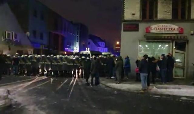 W ubiegły weekend w okolicach Face2Face doszło do zamieszek