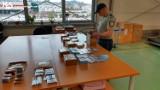 Nielegalne leki, papierosy, narkotyki przechwytują w Oddziale Celnym Pocztowym w Pruszczu Gdańskim
