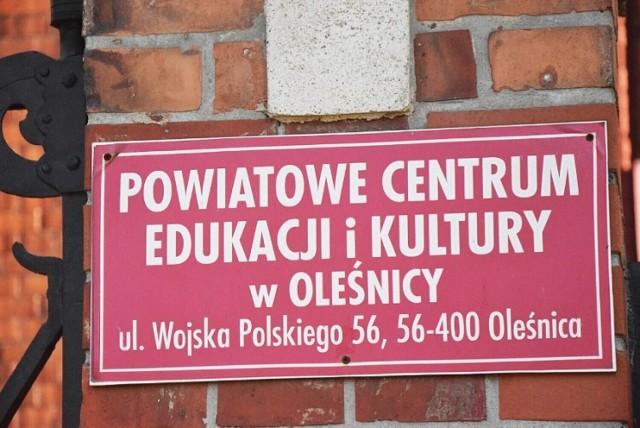 Miejsce pracy:Wojska Polskiego 56, 56-400 Oleśnica, Zakres obowiązków: Prowadzenie zajęć tanecznych dla dzieci i młodzieży Wynagrodzenie brutto:od 933 zł